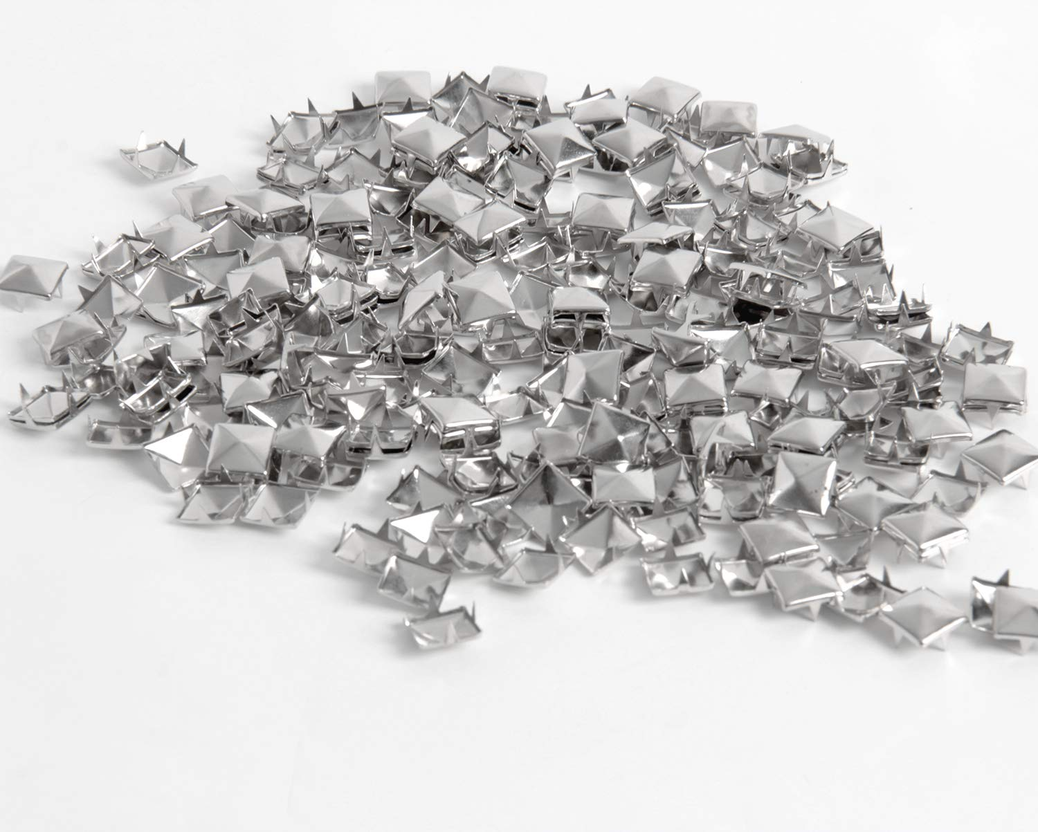 Happy Shop 400 Pieces Silver Square Stud Rivet Punk Spikes Spots Pyramid Studs for Leathercraft,DIY