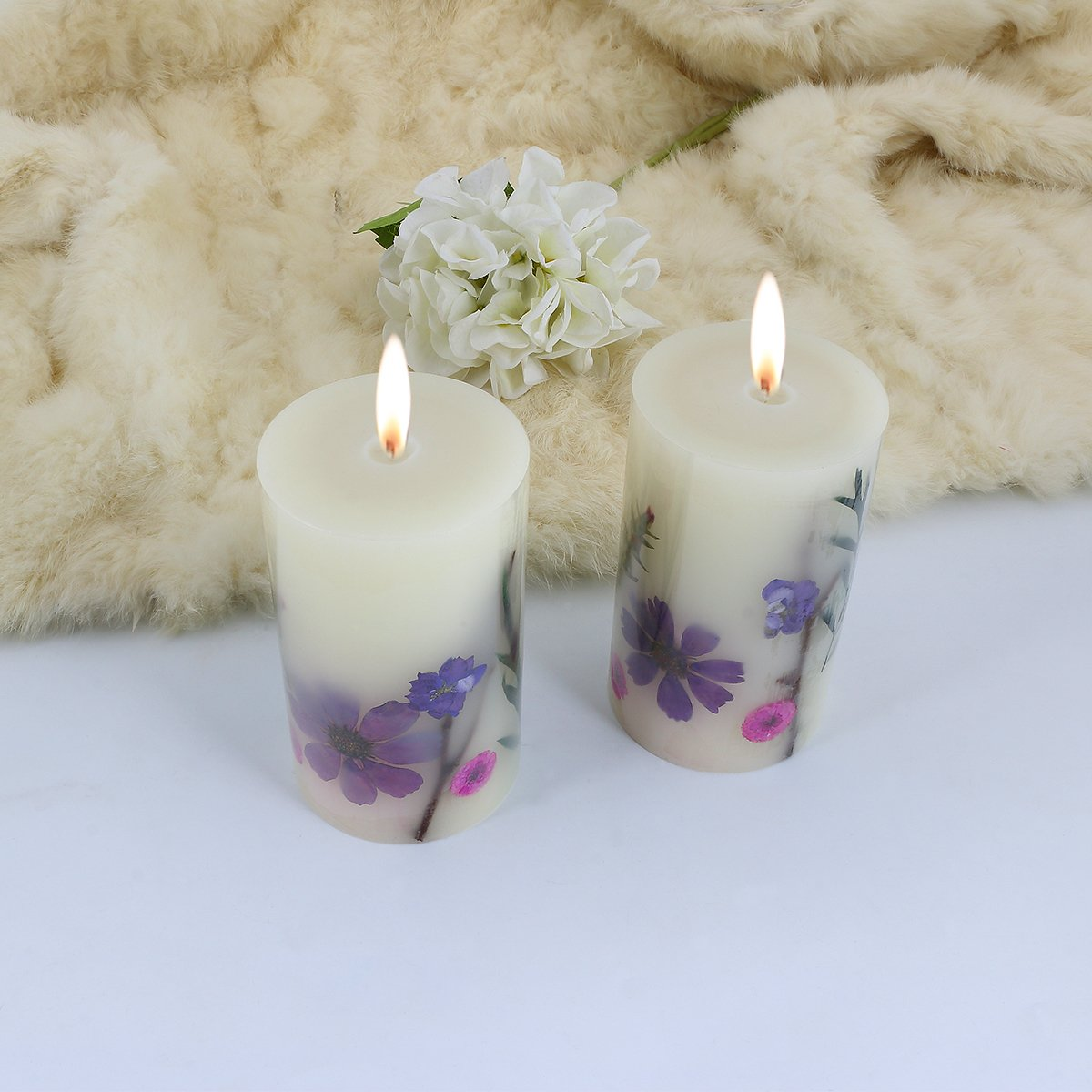 LOHOTEK Scented Candles White Tea Candle Soy Wax, Botanical Pillar Candles