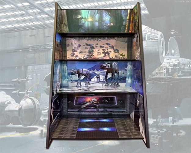 Amazon.com: Star Wars Play and Display Case for all Star Wars action ...