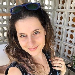 Yana Weinstein