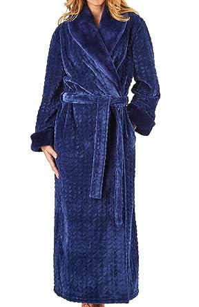 4babce8a8b Slenderella Ladies Faux Fur Shawl Collar Dressing Gown Super Soft Wrap Bath  Robe XL (Navy)  Amazon.co.uk  Clothing