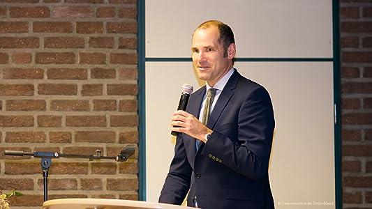 Holger J. Schmidt