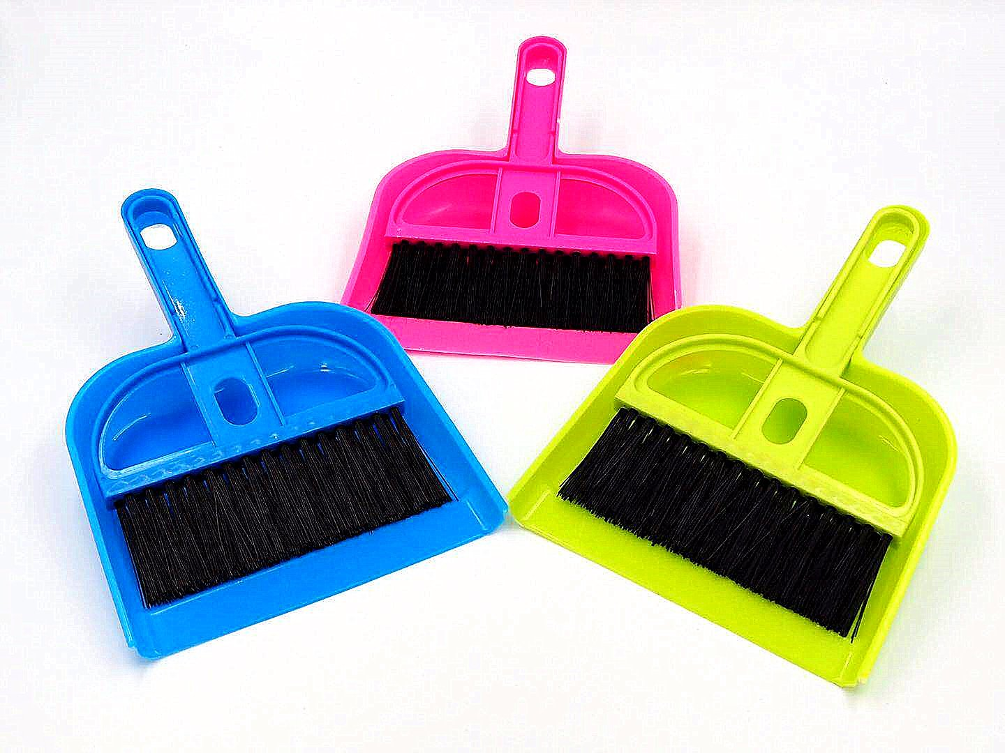 Pet Cage Broom Brush Dustpan - Animal Waste Mini Dustpan and Brush Set for Guinea Pigs, Cats, Hedgehogs, Hamsters, Chinchillas, Rabbits, Reptiles (3 Piece)