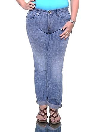 1e11fa6d Tommy Hilfiger Womens Goshen Printed Mid Rise Boyfriend Jeans at Amazon Women's  Jeans store