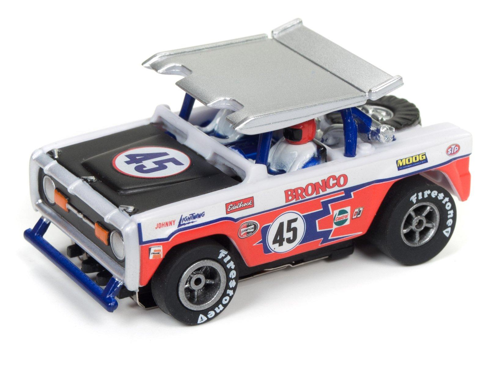Auto World SRS322 14′ Baja Broncos Off-Road Challenge Slot Car Set by TeamWorks (Image #4)