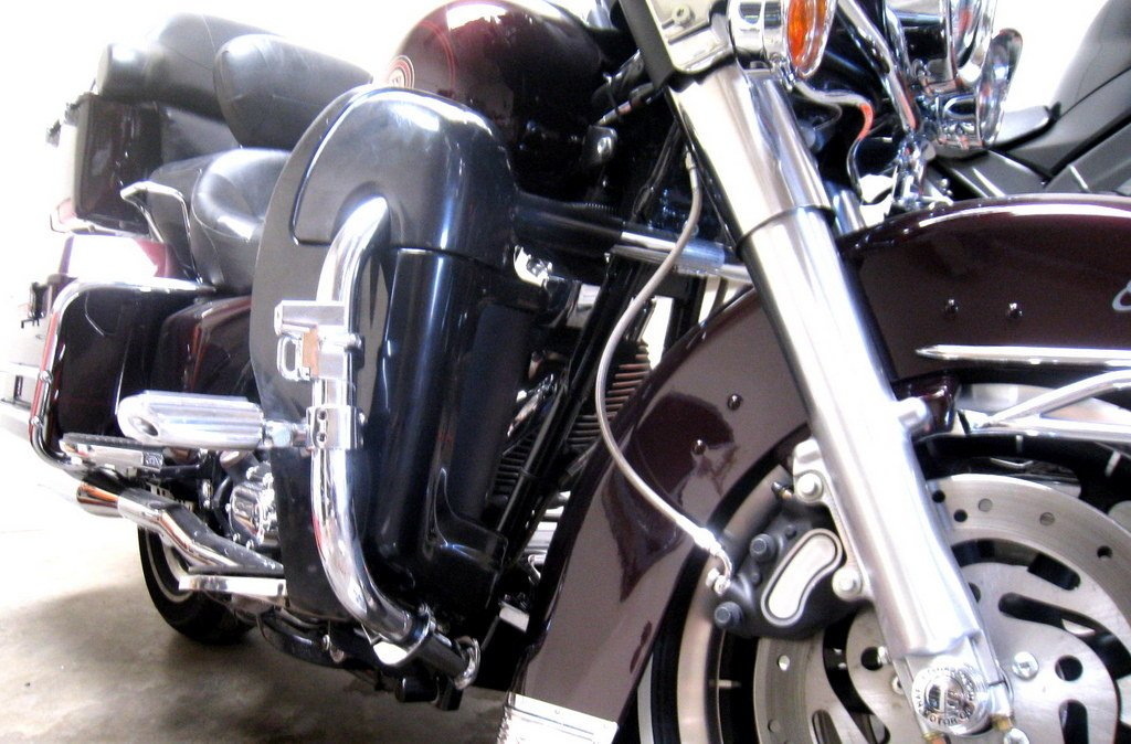 Quick Release Mounting Hardware Install for 1994-2013 Harley Davidson Touring Lower Vented Leg Fairings Electra Glide, Road Glide, Road King, Street Glide