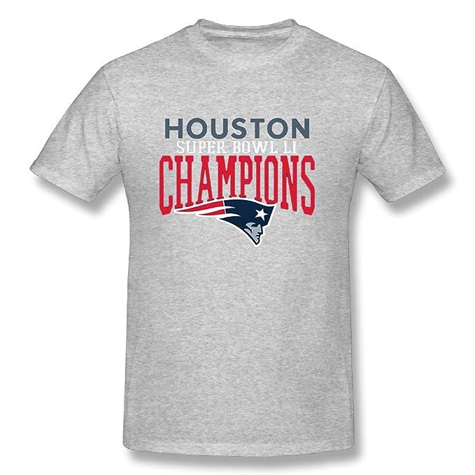 2a965367e New England Patriots Tom Brady 2017 Super Bowl Li 51 World Champions  ShortSleeve Tshirts For Men  Amazon.ca  Clothing   Accessories