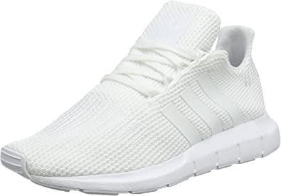 Señor Lágrima eficiencia  Amazon.com | adidas Originals Swift Run J Black/White Knit Junior Trainers  Shoes | Shoes