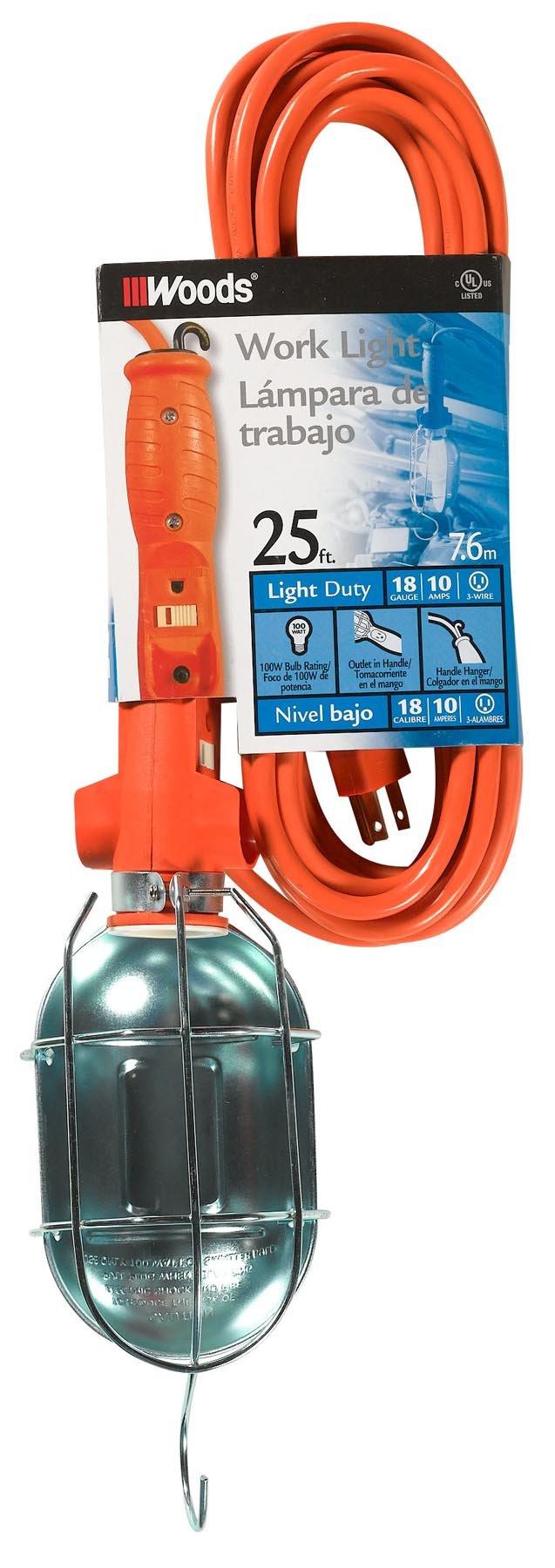 Woods 0681 18/3-Gauge SJTW Trouble Light with Metal Guard & Outlet, 75-Watt, 25-Foot, Orange