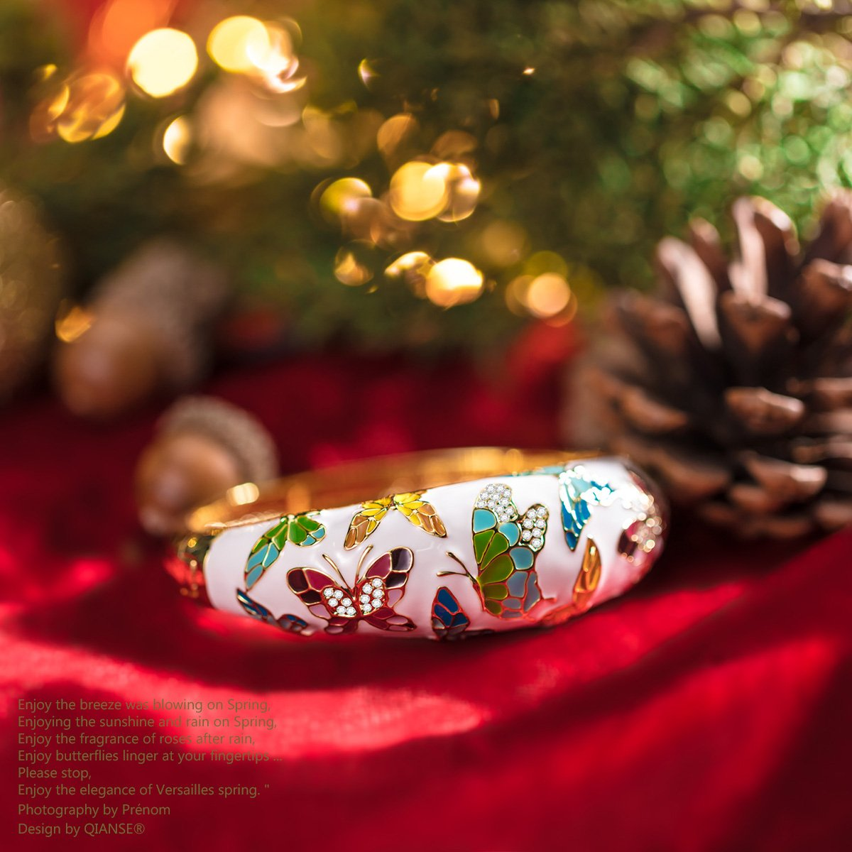 QIANSE Spring of Versailles Yellow Gold Bangle Bracelets Enamel Butterfly Bangles for Women Jewelry for Women Birthday Gifts for Mom Girlfriend Daughter Grandma Mother in Law Present by QIANSE (Image #3)