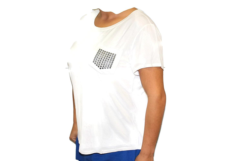 c957d7986c841 DKNY Jean s Women s Short Sleeve Scoop Neck Pocket T-Shirt at Amazon  Women s Clothing store