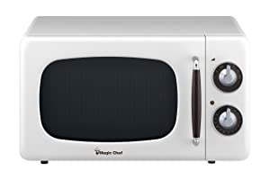 Magic Chef MCD770CW 0.7-Cu. Ft. 700W Retro Countertop Microwave Oven in White.7 Cu.Ft,