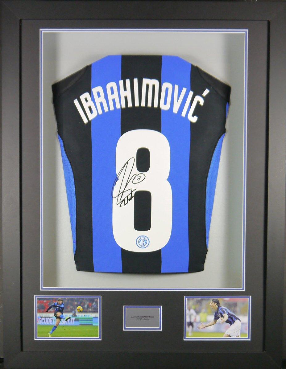 ZLATAN IBRAHIMOVIC Inter Mailand SIGNED Shirt, 3D-Rahmen Display mit ...