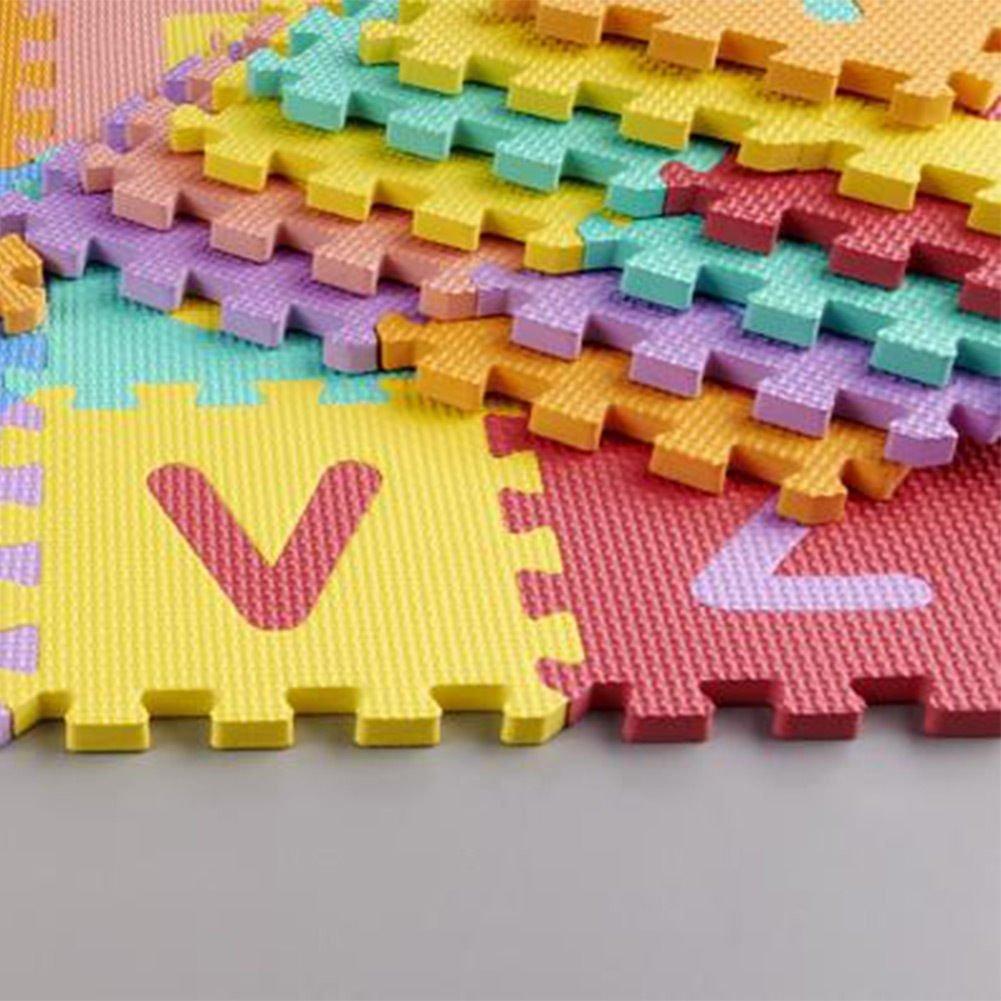 Alfombra rompecabezas de Goma Eva con de 26 letras del alfabeto de KRAFTZ/®; multicolor