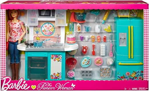 Amazon Com Barbie Pioneer Woman Ree Drummond Kitchen Playset With Cooking Chef Doll Toys Games