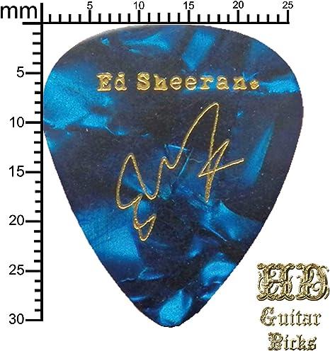 Púa de guitarra con la firma de Ed Sheeran, azul perlado: Amazon.es: Instrumentos musicales