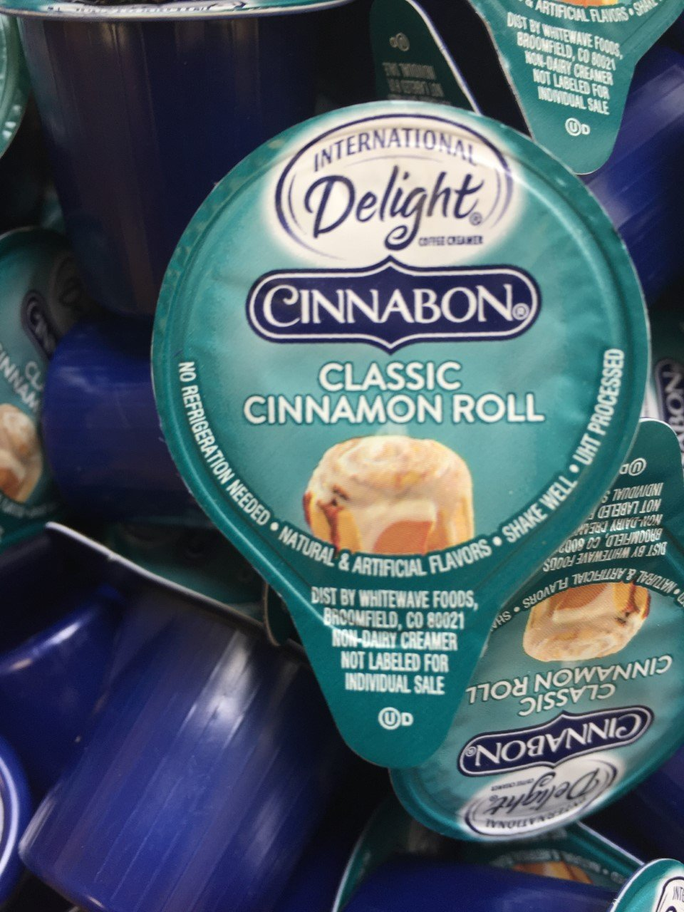 International Delights Cinnabon Coffee Creamer Singles - 50 Count