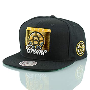 check out 6315d 9e017 Mitchell   Ness Boston Bruins Easy 3 Digital Snapback NHL Gorra, ...