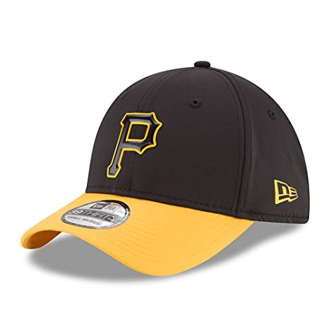 finest selection c8230 1db53 New Era Pittsburgh Pirates 2018 On-Field Prolight Batting Practice 39THIRTY  Flex Hat - Black