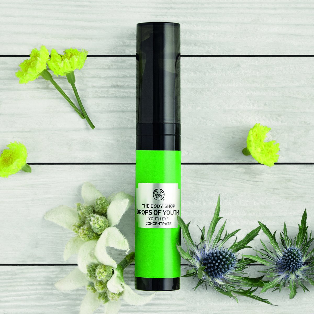 The Body Shop Drops of Youth Eye Concentrate, 0.33 Fl Oz by The Body Shop (Image #4)