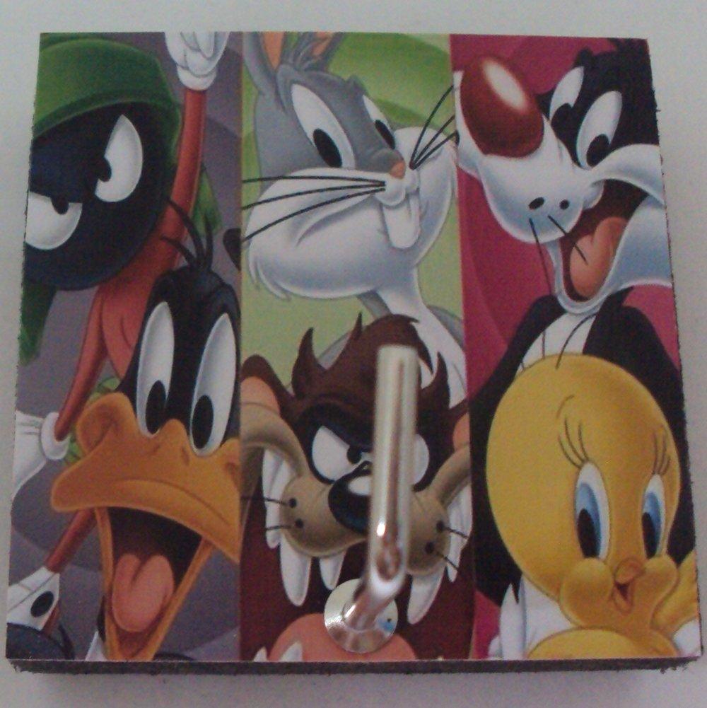Agility Bathroom Wall Hanger Hat Bag Key Adhesive Wood Hook Vintage Looney Tunes Team/'s Photo