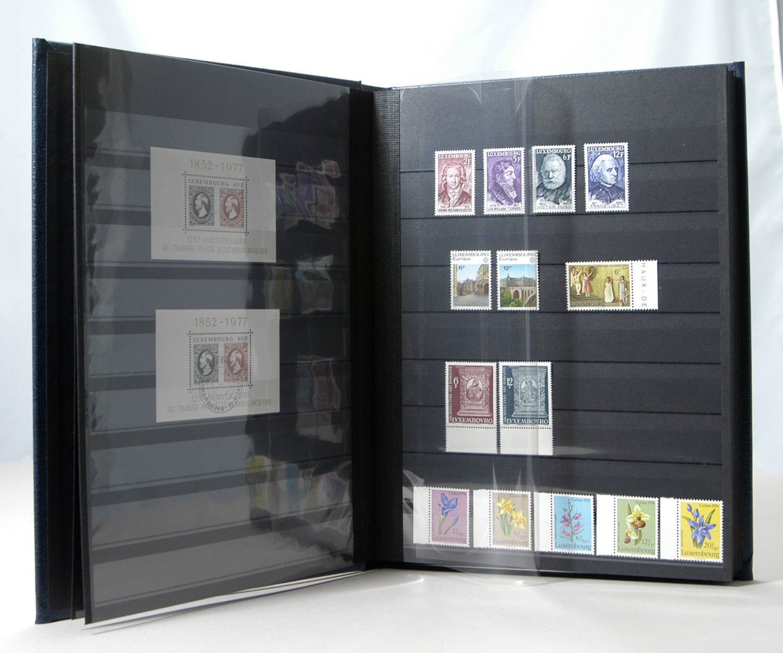Lighthouse 64-Black Page Leather Stamp Stockbook LZS4/32N Green (Stockbook/Slipcase)