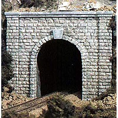 Cut Stone N Scale tunnel Portals Woodland Scenics: Toys & Games