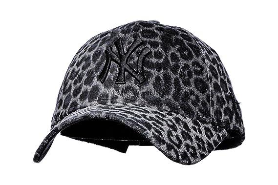 fe4fbc6701c New Era Womens 9FORTY New York Yankees Baseball Cap - Leo Essential -  Leopard Adjustable  Amazon.co.uk  Clothing