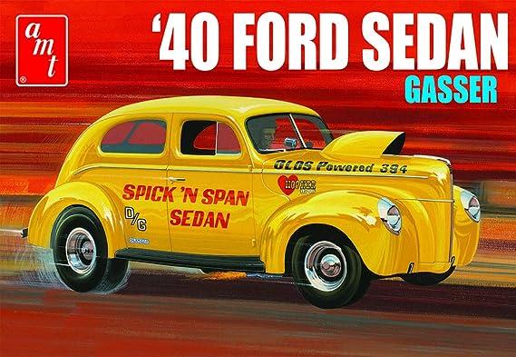 AMT 1088 1/25 1940 Ford Sedan