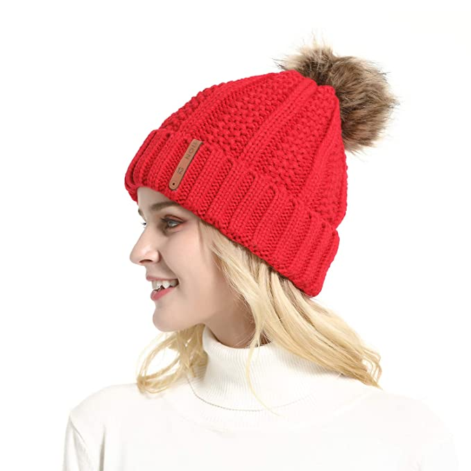 3b517c1d388 GanJingRen Women s Faux Fur Pompoms Lined Thick Knitted Warm Winter Slouchy  Beanie Hat (red)  Amazon.ca  Clothing   Accessories