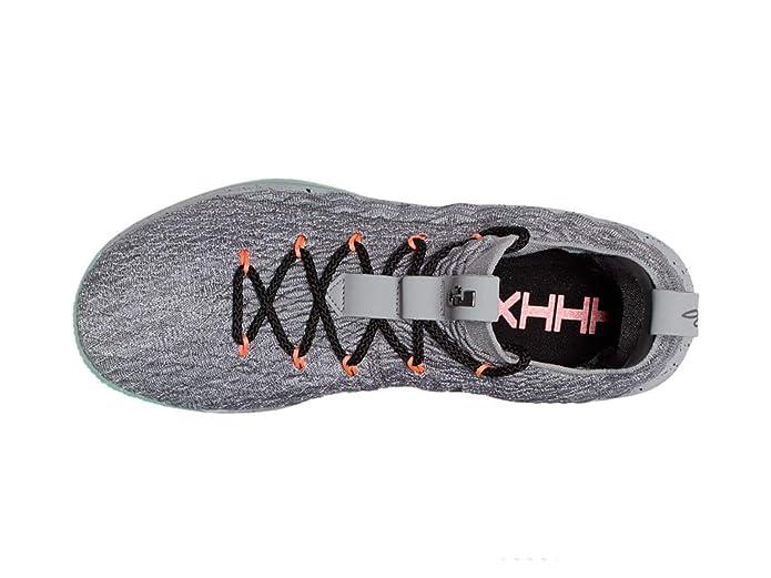 watch 39993 d49e4 Amazon.com   NIKE Men s Lebron 15 Low Basketball Shoes   Basketball