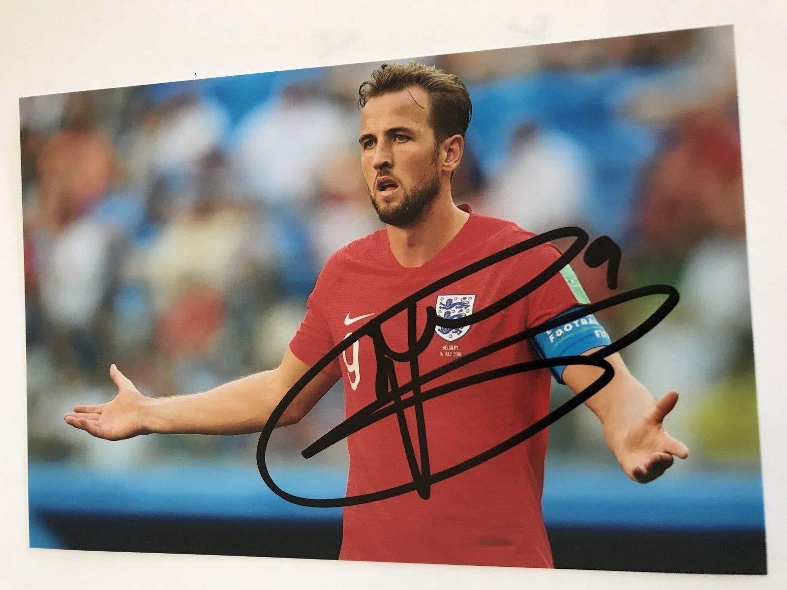 HARRY KANE Signed 6 X 4 Inch Soccer Photograph. Genuine Autograph. COA! Free Frame!