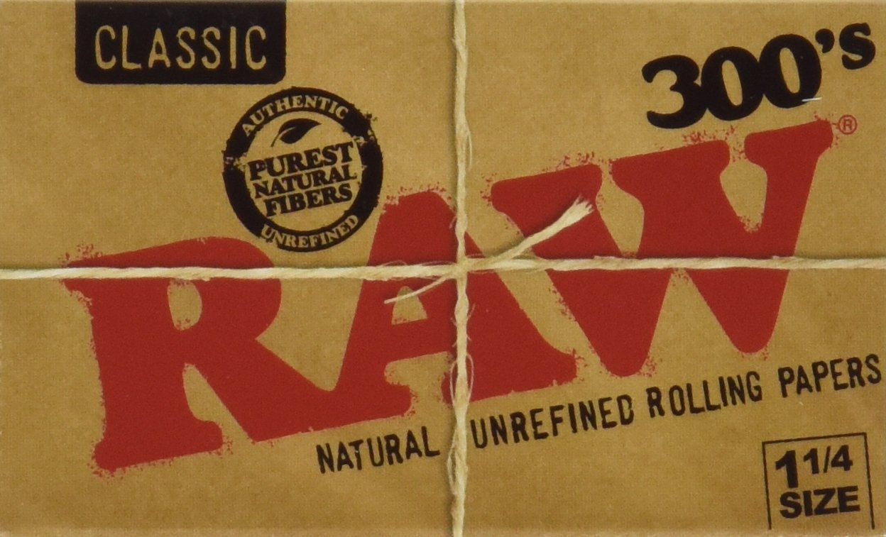 Raw 300 Classic 1.25 1 1/4 Size Rolling Papers 5 Pack = 1500 Leaves