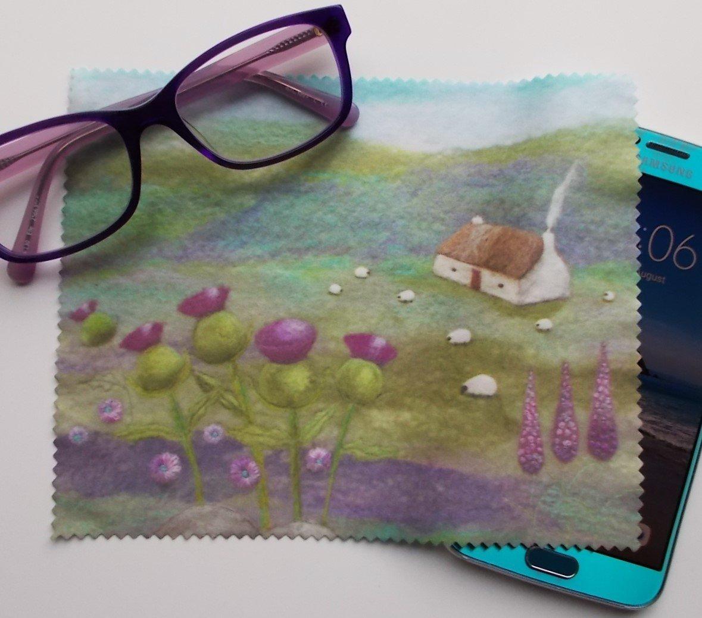 Scottish Thistles Lens Cloth iPad Tablet Smart Phone Screen Cleaner Micro Fibre
