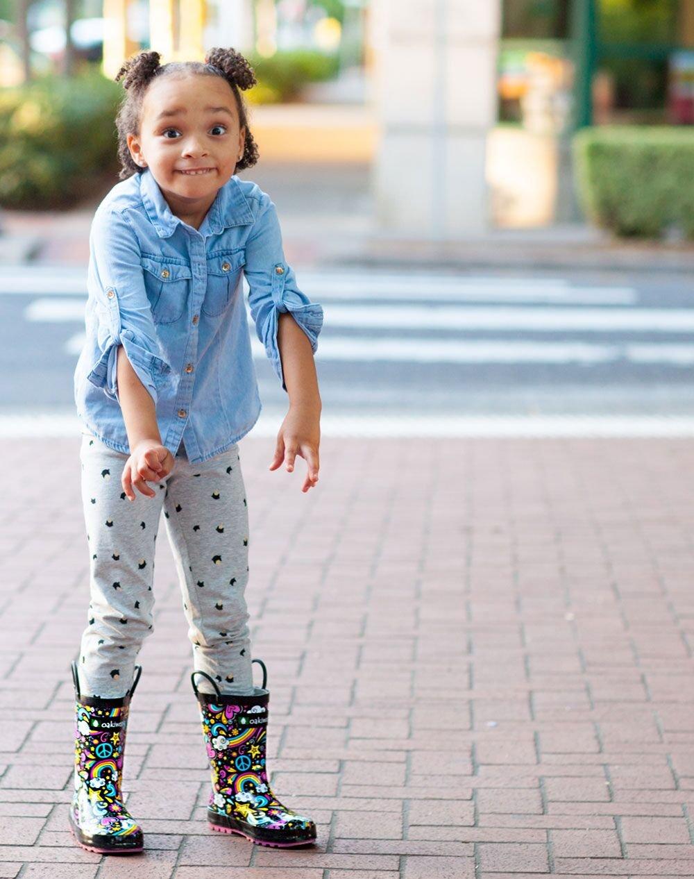 Oakiwear Kids Rubber Rain Boots with Easy-On Handles, Peace, Love & Rainbows, 11T US Toddler, Peace by Oakiwear (Image #7)