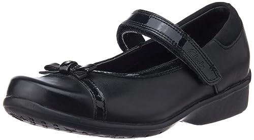 b9ef94d0dbce3 Clarks Daisy Dawn Infant Girls School Shoes Black 12 F: Amazon.co.uk ...