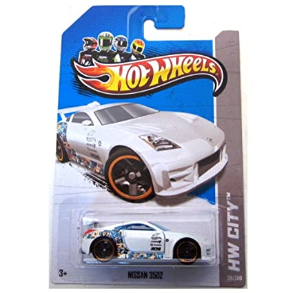 Amazon Com Hot Wheels 2013 Hw City Nissan 350z White Toys Games