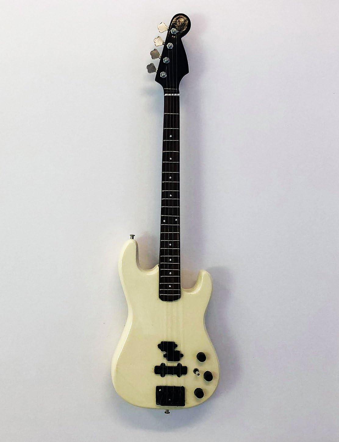 Guns N Roses Duff McKagan Miniature Guitar Replica UK Seller : Fender P-Bass