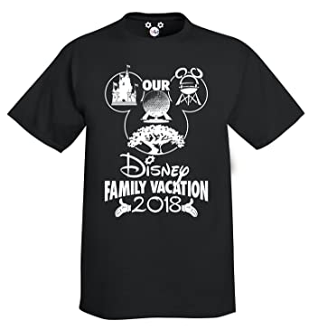 Our Disney Family Vacation Youth T Shirt 2018 X Small Hands