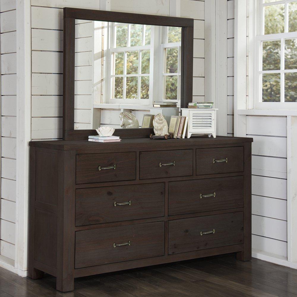 NE Kids Highlands 7 Drawer Dresser
