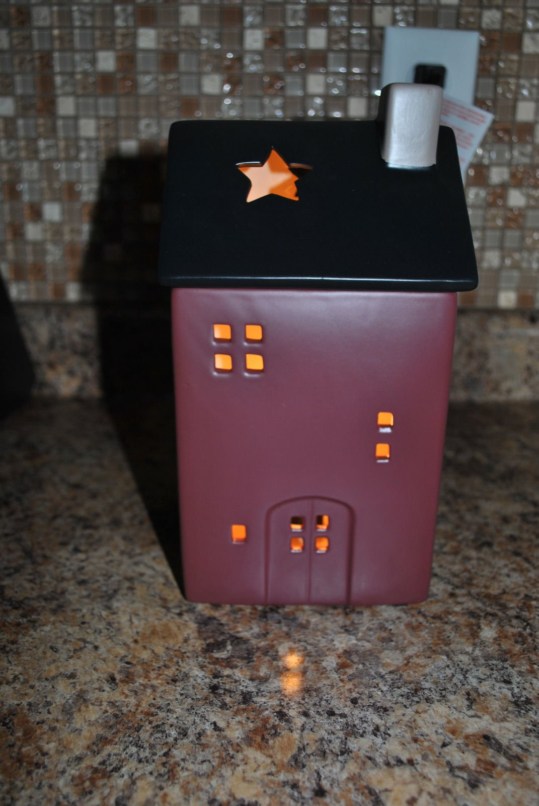 Scentsy Premium Warmer (No Place Like Home Premium Warmer)