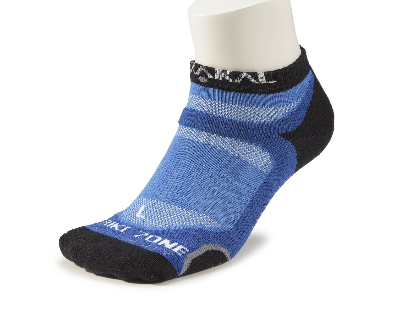 KARAKAL - Calze sportive X4 Quad Density - 1 paio - Low Cut socks - Traspirante, ammortizzante con suola antiscivolo - adatto per badminton, squash, tennis, hockey, corsa, fitness, vita di tutti i giorni ecc. - Signore e signori - Bianco / Blu scuro KC 529