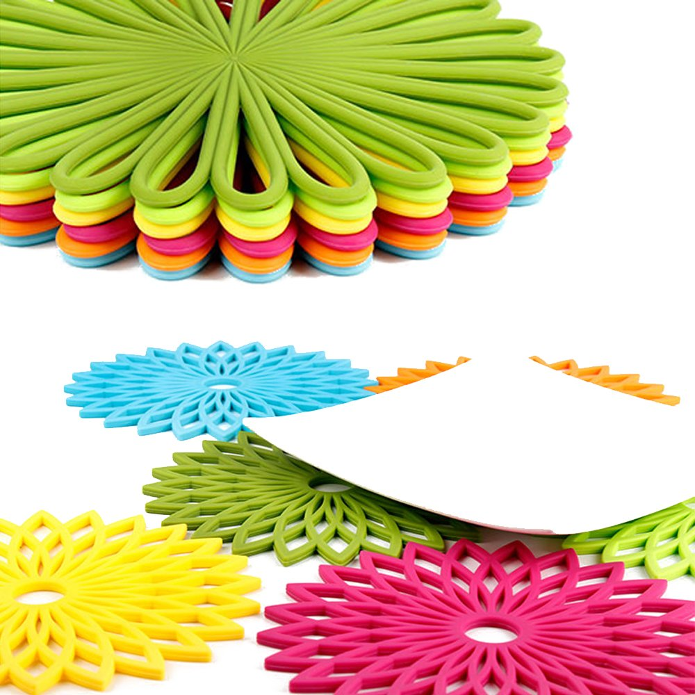 ME.FAN 3 Set Silicone Multi-Use Flower Trivet Mat - Premium Quality Insulated Flexible Durable Non Slip Coasters Hot Pads Yellow by ME.FAN (Image #7)