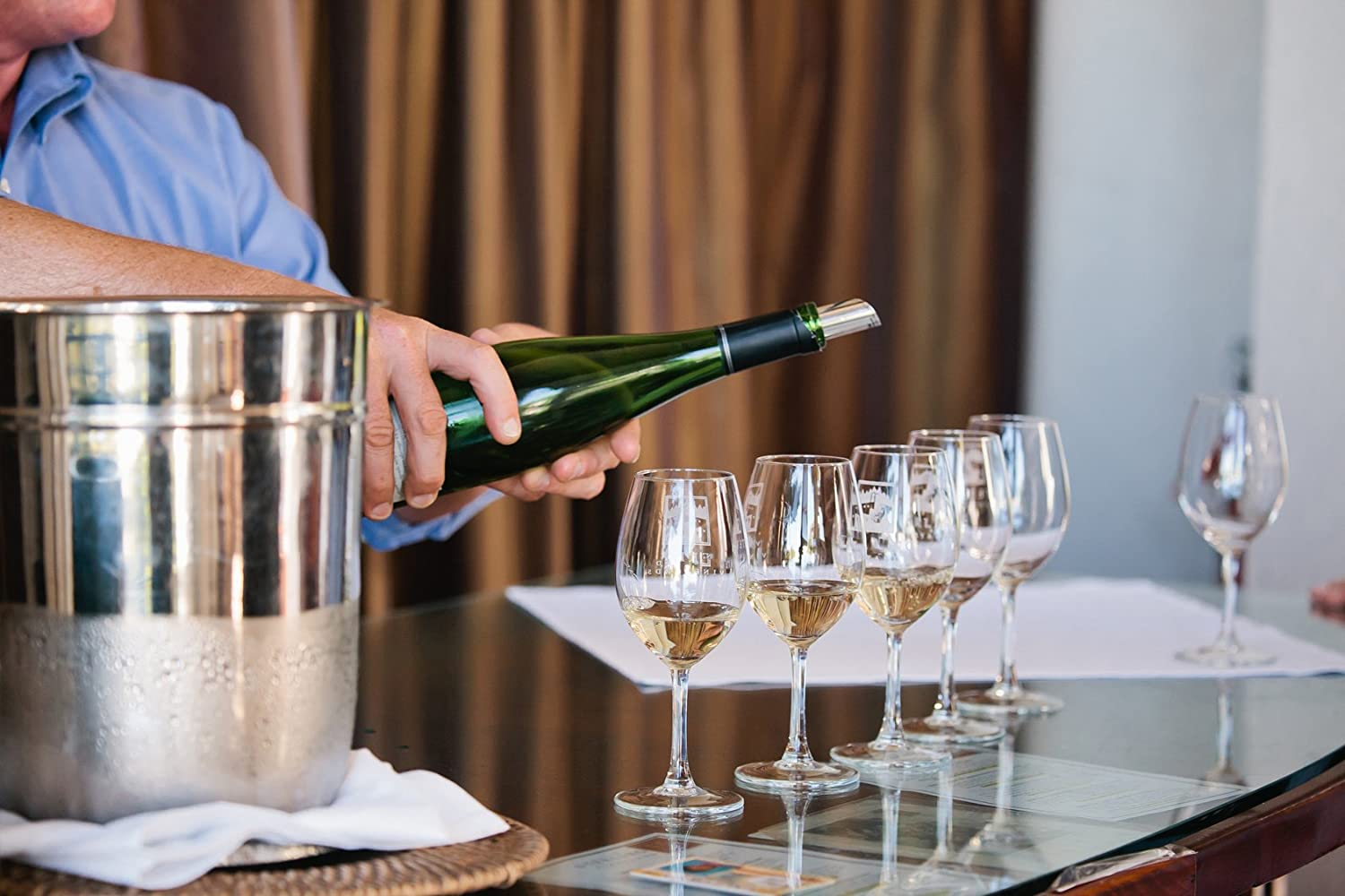 Buy bottle pour spouts for your kitchen and party time
