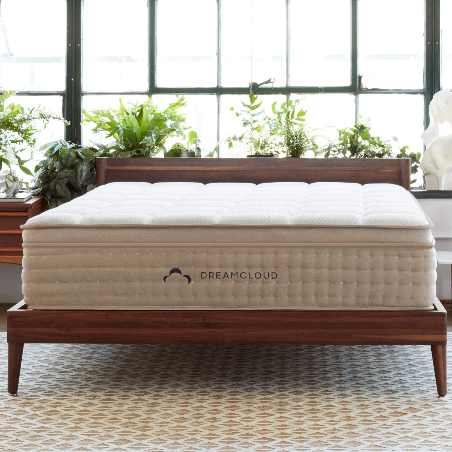 DreamCloud Full Mattress – Luxury Hybrid Mattress with 6 Premium Layers – CertiPUR-US Certified – 180 Night Home Trial – Everlong Warranty