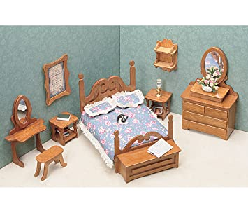 Amazon.com: Greenleaf Dollhouse Furniture Kit for Bedroom: Arts ...