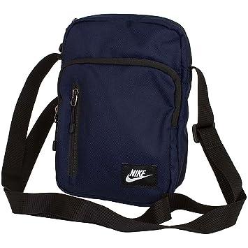 Nike Core Small Items - Daftar Update Harga Terbaru dan Terlengkap ... 6994926e7bb7e