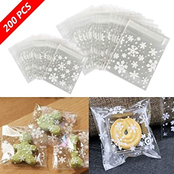 Cupaplay 200 Pcs Resealable Cellophane Christmas Snowflake Self Adhesive Cookie Gift Bags Party Favor Treat Bags Candy Gift Bags 2 Sizes