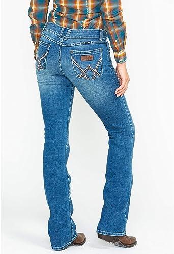 Amazon Com Wrangler Pantalones Vaqueros Para Mujer Retro Mae Mid Rise Stretch Clothing