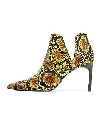 a385469ba3c7 Amazon.com: Zara Women Animal print mid heel ankle boots 3118/001: Clothing
